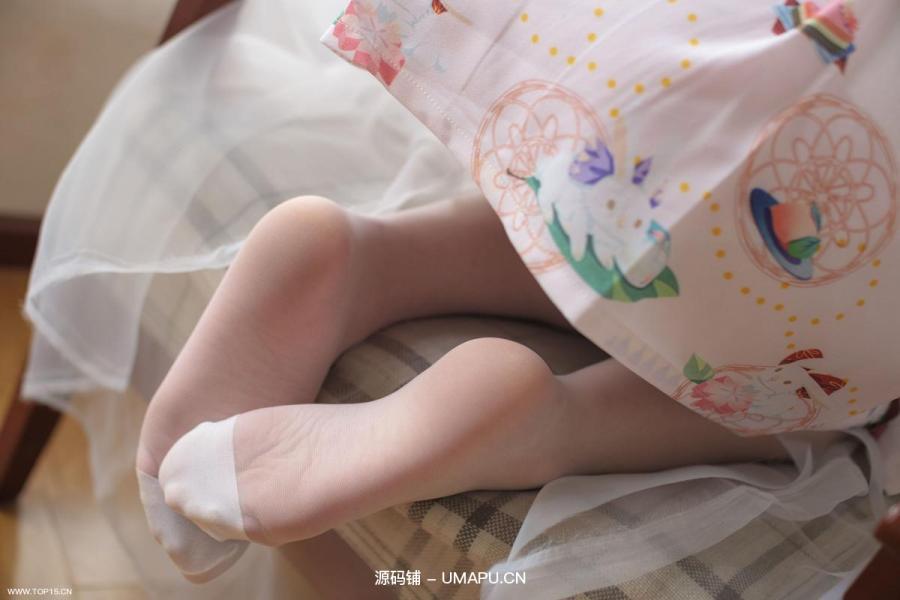[森萝财团-萝莉丝袜写真] X-022 丝足火腿[89P]